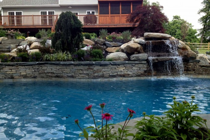 Pool sanitization keeps the water clear and prevents the transmission of infectious diseases.