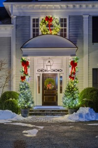 information about christmas decorating companies - Professional Christmas Decorators Cost